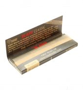 RAW Black Classic 1¼ Size Rolling Papers